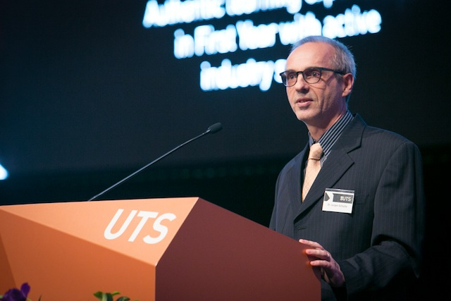 UTSLTA2016-podium